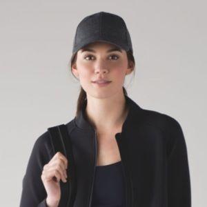 Lululemon Baller Hat heathered black NWT